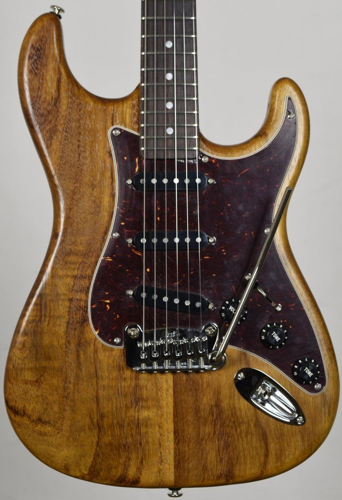 where are g&l legacy guitars made